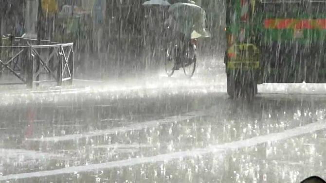 Avertizare Info-Trafic. Plouă TORENȚIAL pe A3 București-Ploiești
