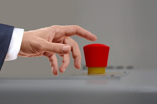 Moscova spune că face asta pentru a preveni ca cineva să apese pe butonul nuclear
