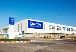 Dacia opreşte activitatea timp de cinci zile. Care este MOTIVUL