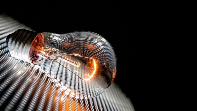 Spania analizează măsuri pentru reducerea facturilor la electricitate