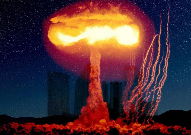 Explozia nucleară pe pământ are forma caracteristică a unei ciuperci