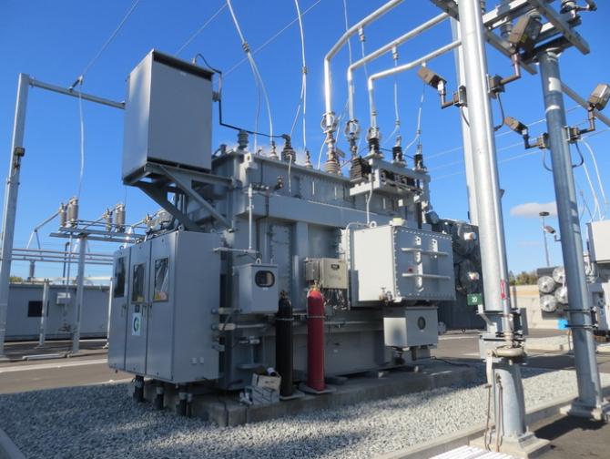 Rlectrica se imprumută pentru modernizarea rețelei de distribuție