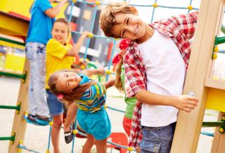Copii pot beneficia de alocație chiar și în străinătate