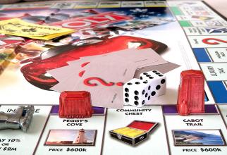 Omul Monopoly din viața reală a folosit obsesia jocului de societate pentru a construi un IMPERIU