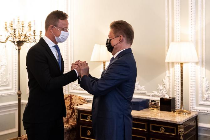 Ministrul ungar al Afacerilor Externe, Peter Szijjarto și Alexei Miller, președintele Gazprom