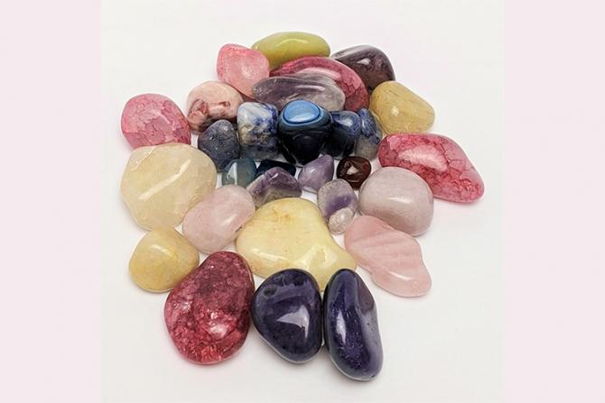 Fiecărei zodii îi corespunde o piatră prețioasă