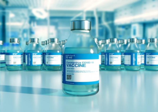 Vaccinurile intranazale împotriva COVID sunt aproape să intre pe piaţă. Ce spun imunologii