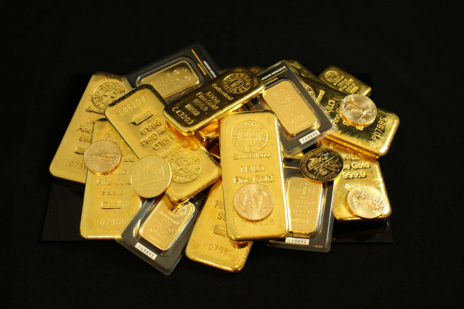 Curs valutar BNR. Totul despre LEU, EURO și AUR