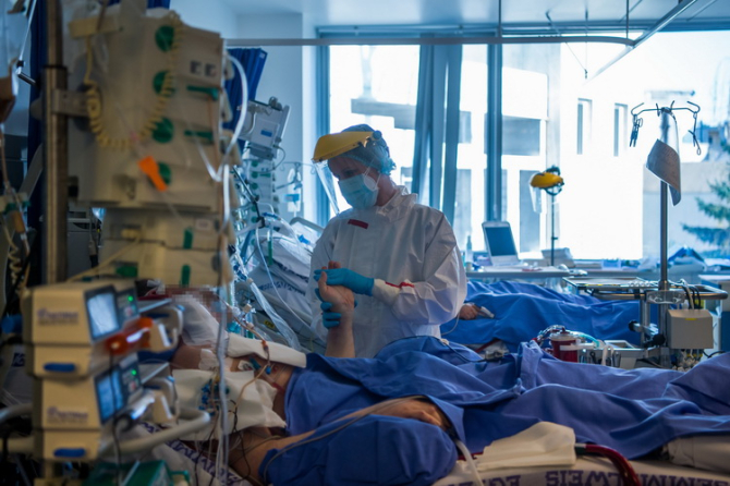 Rata de infectare în Bucureşti a ajuns la 6,64 la mia de locuitori