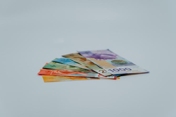 Moneda Elveţiei este văzută ca o investiţie de refugiu