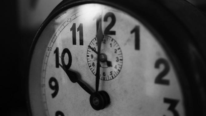 ORA DE IARNĂ 2021. Cum se schimbă ora în weekend, nu uitaţi să vă potriviţi ceasurile