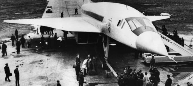 """Eșecul spectaculos al """"Concordski"""", avionul de pasageri supersonic construit de sovietici"""
