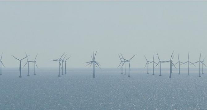 Potrivit ministrului energiei, legea energiei eoliene generată pe mare va fi gata până la sfârșitul lui 2021.