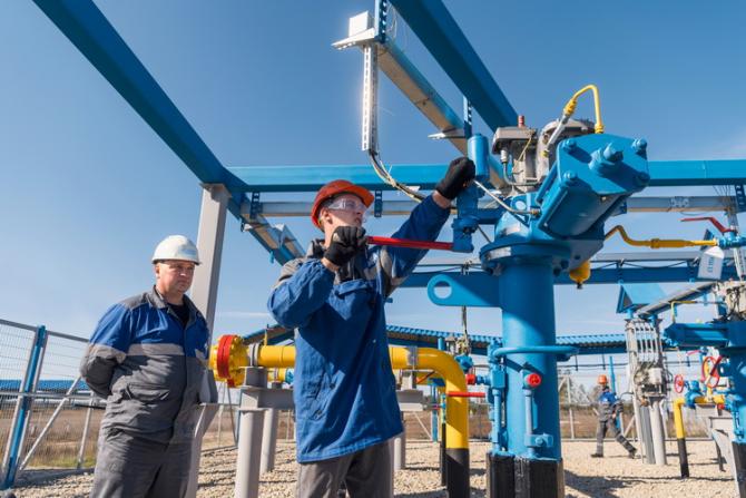 Un director Gazprom avertizează că preţurile gazelor ar putea destabiliza economia Europei