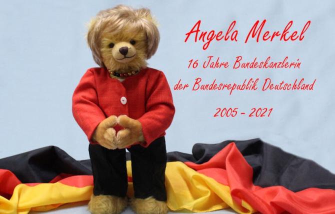 La Merkel va ajunge ursulețul cu numărul 16