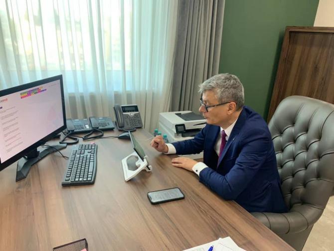 Virgil Popescu a fugit de răspunsuri