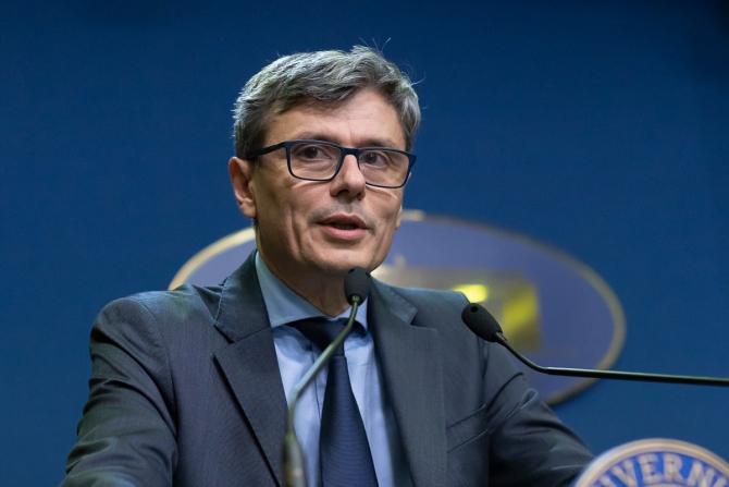 Virgil Popescu: Au ARUNCAT stabilitatea POLITICĂ în AER